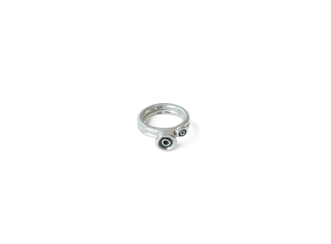 Octopus dot ring medium silver slide