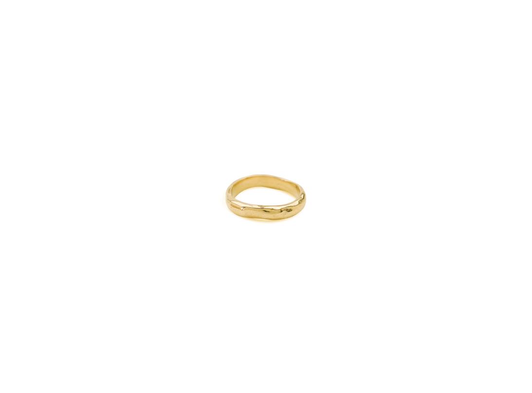 lava ring medium gold  slide