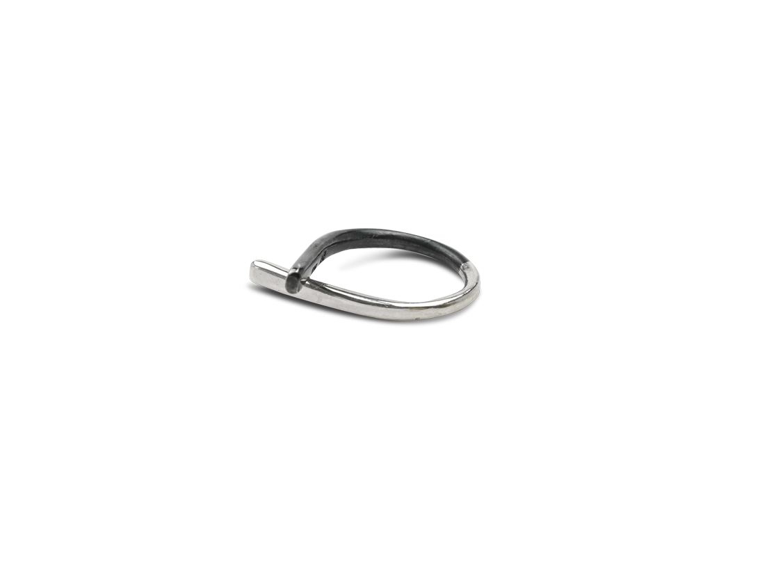 Contrast Ring small silver black slide
