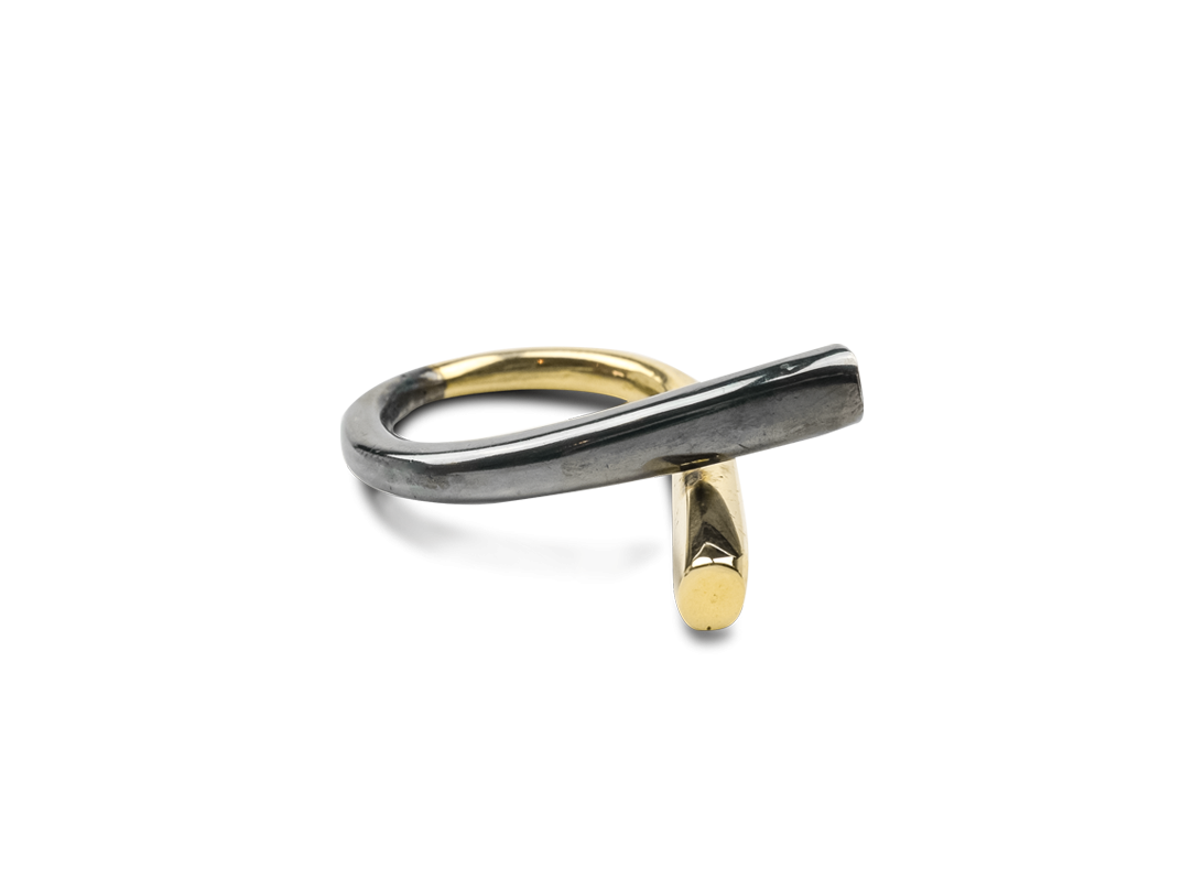 CONTRAST RING gold black slide