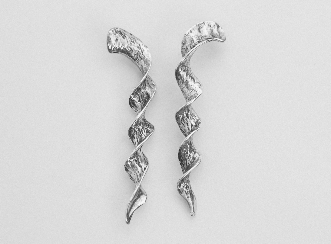 Spiral earrings silver slide