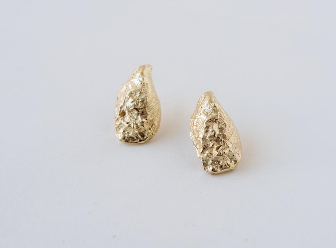 mussel earring slide 2