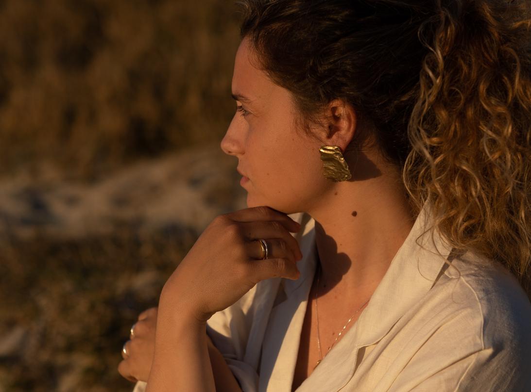 Aquae earrings slide