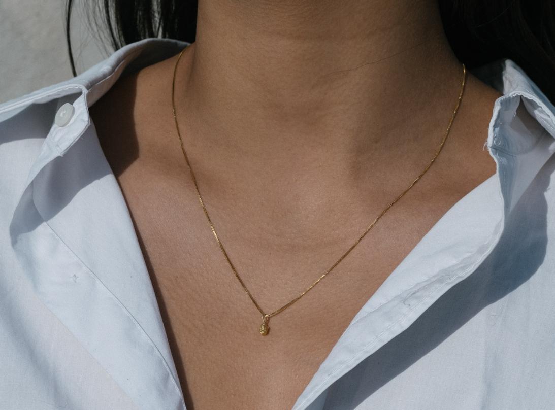 Tiny rock necklace 14 K slide